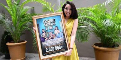 Nonton Film movie indo xxi Cek Toko Sebelah - Nobar Drakor